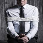 Похищение человека и незаконное лишение свободы: основные отличия