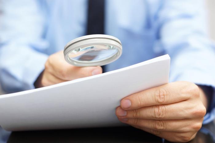 Экспертиза подлинности документов